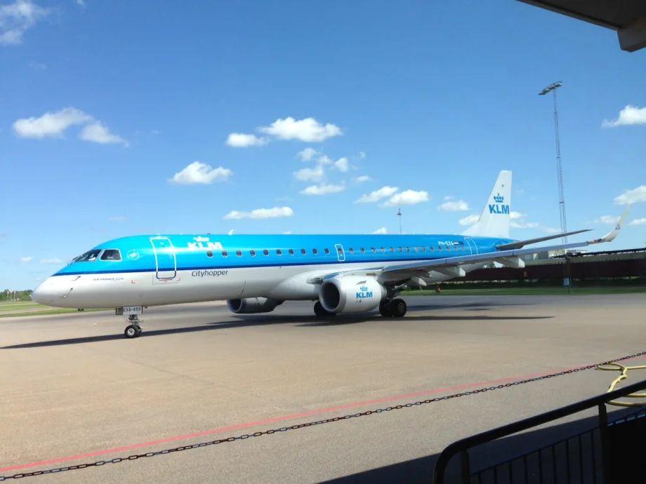 flyg till amsterdam från linköping